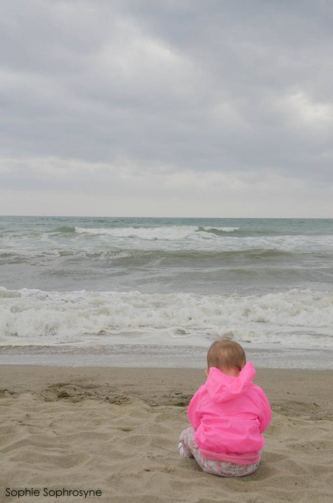 sophie sophrosyne, sunday chill, sunday, family, a little girl, seal, seaside, pisa, toscana, tuscany, italia, italy, photography, freetime, leisure, idyll,